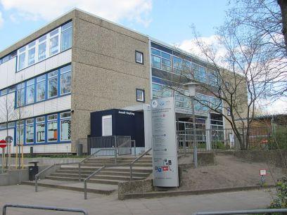 Französische_Schule_Hamburg_Eingang.nnw